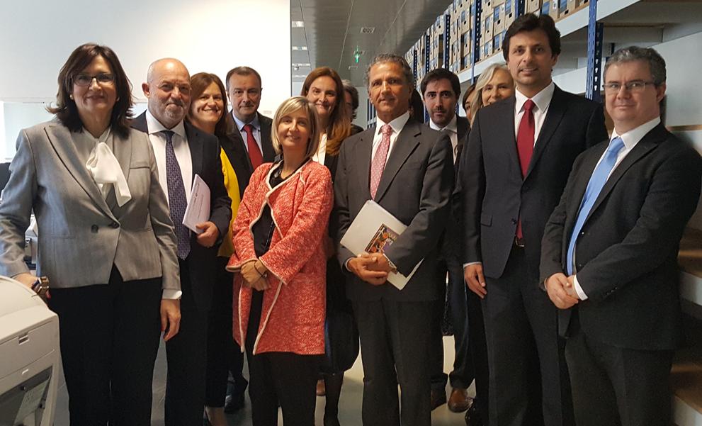imagem do post do Conselho de Prevenção da Corrupção visita Centro de Conferência de Faturas
